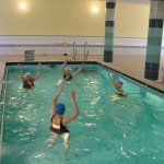 Schwimmbad im Seniorenheim, Ungarn